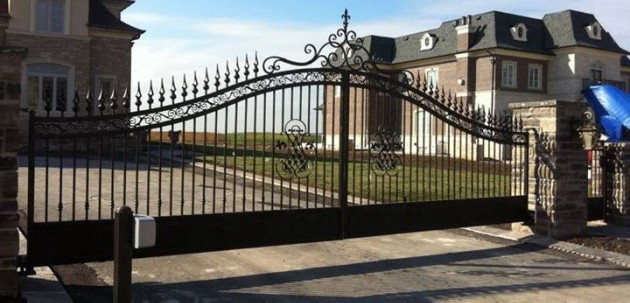 Residential swing gates